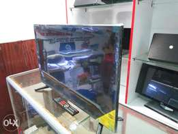 Brand new 32inch tv with inbuilt DVD player