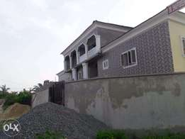 A Brand New 6 Bedroom Duplex within Lekki Scheme 2