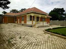 A three bedroom standalone house for rent in Namugongo mbalwa