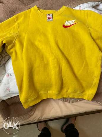 Supreme Nike Mustard sweatshirt Medium negotiable