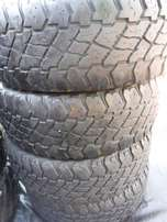 4xDiscoverer Cooper S/T tyres 265/70/17,40to50 percent!!
