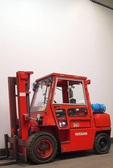 Nissan BGF03A45U - 2001
