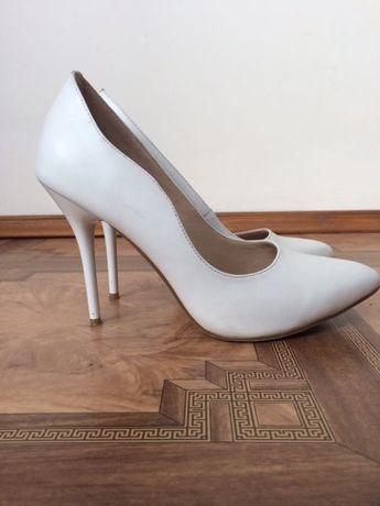 f60c0e560fecf2 Весільні туфлі жіночі білі натуральні шкіряні Тернопіль - зображення 3