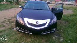 Very clean Acura zdx 2010 keyless