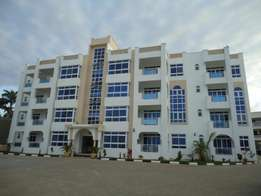3 bedroom seafront apartments to let- Nyali