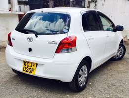toyota vitz 2009 KCJ 1000cc just arrived special offer 620,000/=