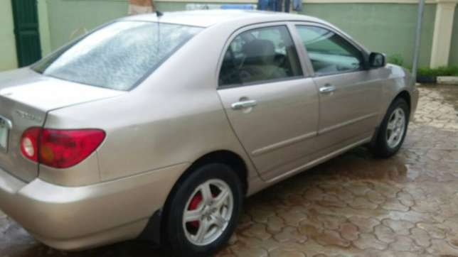 super clean Toyota corolla 2004 model first body leather interior Ayobo/Ipaja - image 7