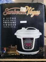 Sunbeam Vegas Electric pressure Cooker FOR SALE