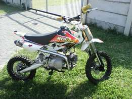 Urgent sale pit bike now 4300