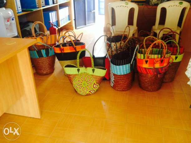designed beads hand bags for ladies S.Kanduyi - image 3