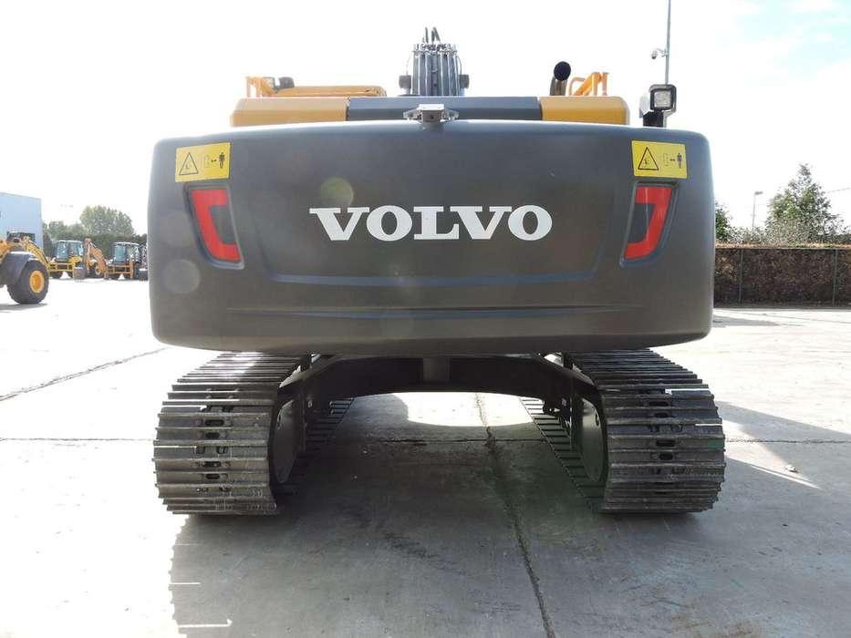 Volvo EC 220DL - 2018 - image 16