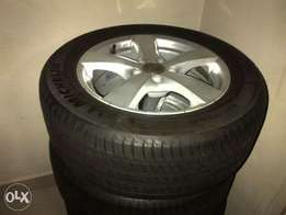 Brand new Michelin tyres with audi rims . 225/55 R16