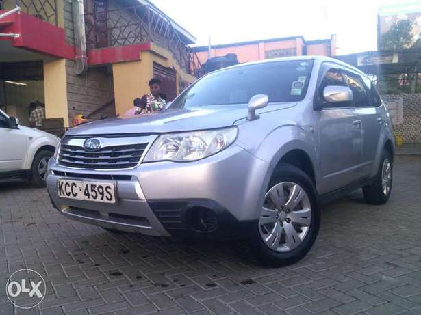 Subaru Forester new shape automatic non-turbo. Lady owned City Centre - image 1