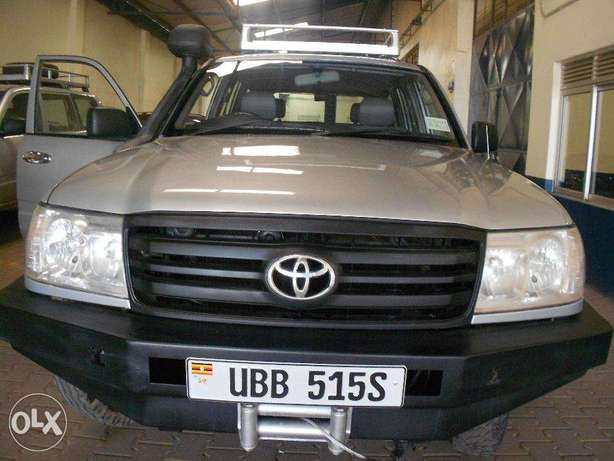 Toyota Land Cruiser 2007 Available For Sale Kampala - image 7