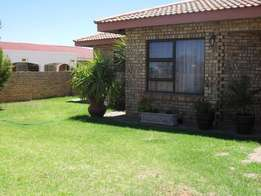 2 Bedroom town house to rent.