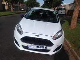 2015 Ford Fiesta 1.4 ambiente, mileage 42000 for sale