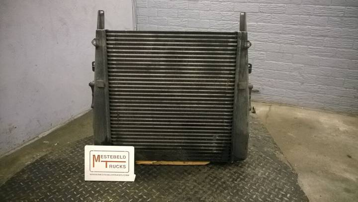 Mercedes-Benz intercooler for  truck - 2000