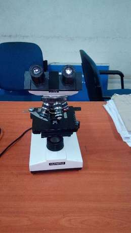 Olympus Biological Microscope With Objective Lenses Ngara - image 3