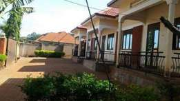 two bedroom house for rent in kireka at 400k