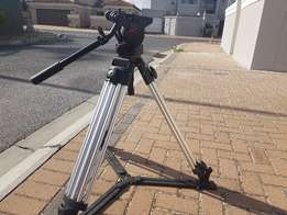 Manfrotto 501 Pro Video Tripod and Fluid Head (EXcluding Camera Plate)