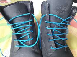 Rarely used timberland size 43/44