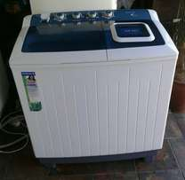 Kelvinator large 14 kg twintub washing machine
