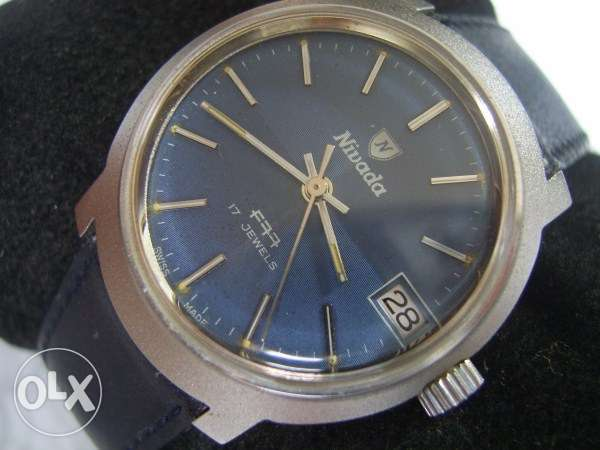 Swiss Made 1970's Nivada F77 manual men's watch - Unused