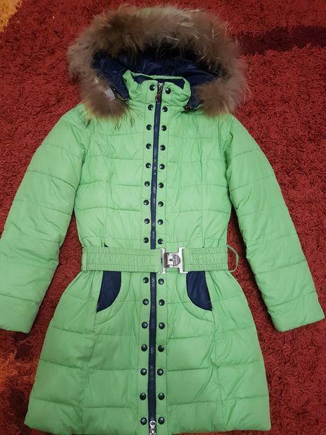 Зимова куртка для дівчинки  500 грн. - Одяг для дівчаток ... 50e95fdab4516