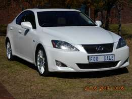 Lexus 250 IS 6 speed (Immaculate)