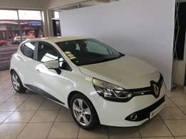 2016 Renault Clio IV 900T Expression 5DR For only R174900