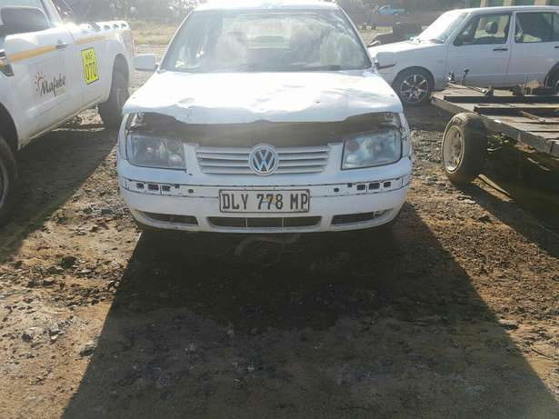 Hi there I'm currently selling a jetta Emalahleni - image 1