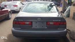 Tokunbo 1999 Toyota Camry