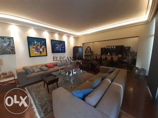 Fully decorated furnished Apt   300 Sq.m.   CASH.