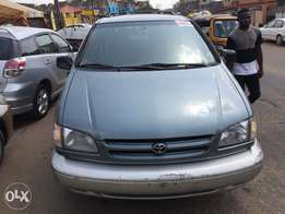 2000 Toyota Sienna XLE Power Door