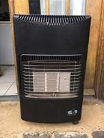 Alva 3-Panel Gas Heater