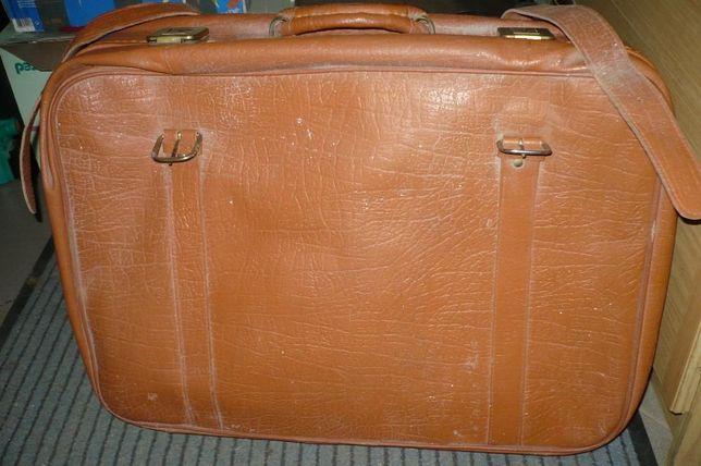 e1222a5941183 Skórzana walizka - Słupsk - Skórzana walizka z czasów PRL , w bardzo dobrym  stanie.
