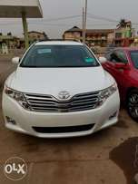 Accident free tokunbo Toyota Venza