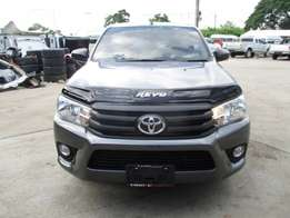 Toyota Hilux Single Cab 2015 For Sale Asking Price 3,500,000/= nego.