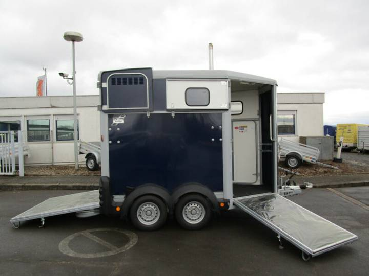 Ifor Williams HB 506 ALUBODEN + Frontausstieg 2,6t - 2019