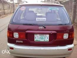 2000 Toyota picnic for sale