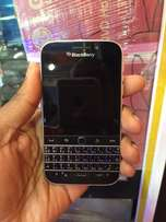 blackberry classic brand new condition and affordable
