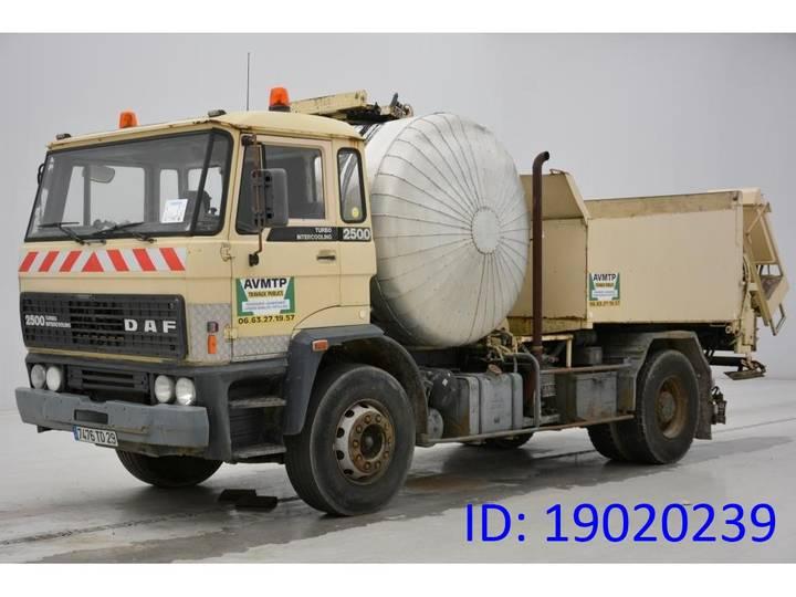 DAF PATA 2500 - 1984