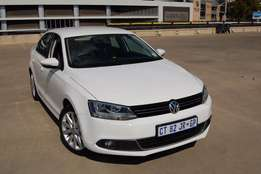 VW Jetta 1.4Tsi Highline 2013 as new as it gets. Must be Seen!