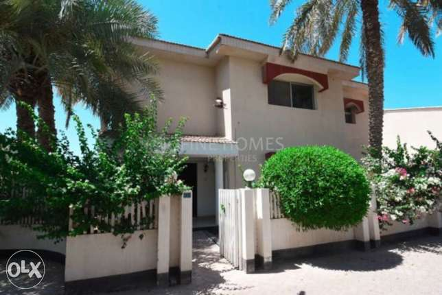 4 bedrooms Combound villa with common pool