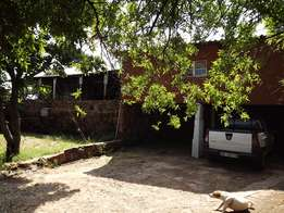 Smallholding with House & Store For Rent, Onderstepoort