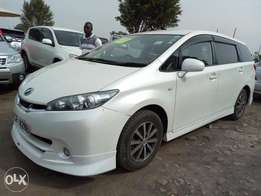 Toyota Noah,new arrival Pearl white valvematic engine kcp