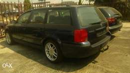 Just in toks v/wagen passat wagol with manual gear,ac and allio rim.