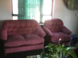 4 piece lounge suit with one recliner.