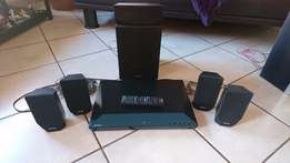 SONY Home Theatre 3D 5,1 Channel system ! Blueray ! Bluetooth !