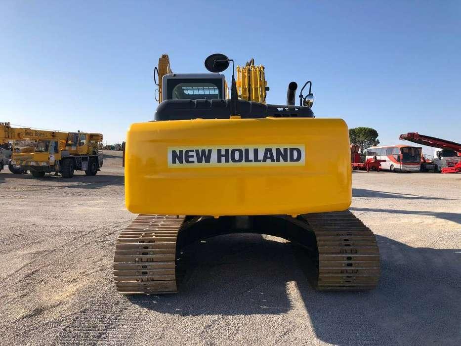 New Holland E 215 B - 2011 - image 3